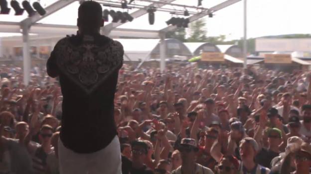 Video «Megaloh - «Loser/Tripelschicht»» abspielen