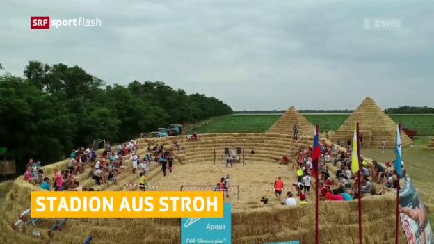 Video «Impressionen von der Strohfussball-WM» abspielen