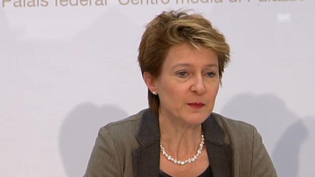 Video «Justizministerin Simonetta Sommaruga zum Waffenrecht (Originalton)» abspielen