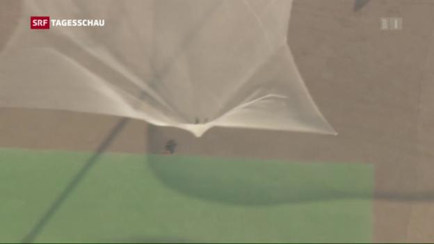 Video «Der Rekordsprung aus sieben Kilometern» abspielen