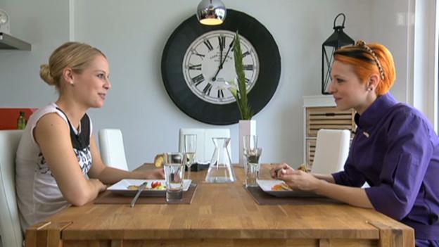 Video ««Eiskalt serviert» – Folge 1: Linda Fäh» abspielen