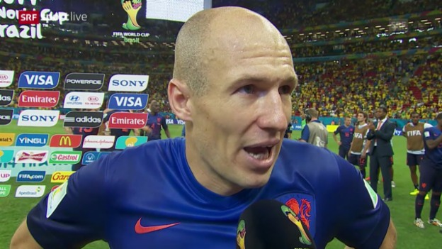 Video «FIFA WM 2014: Arjen Robben im Interview» abspielen