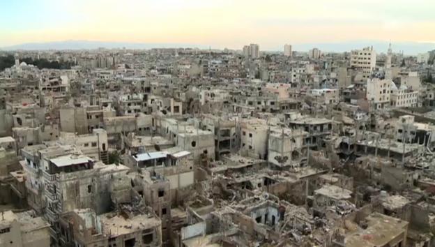 Video «Bilder der Zerstörung in Homs (unkommentiert)» abspielen