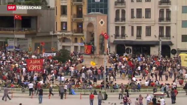 Video «Türkei: Proteste gegen Erdogan halten an» abspielen