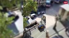 Link öffnet eine Lightbox. Video Bilder vom Anschlagsort in Barcelona abspielen