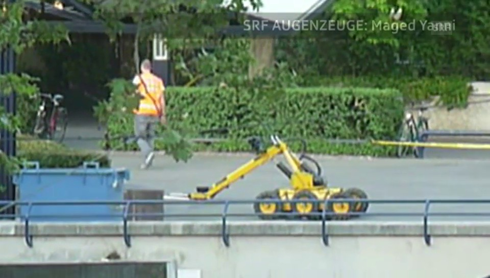 Augenzeuge-Video zeigt den Bomben-Roboter im Einsatz