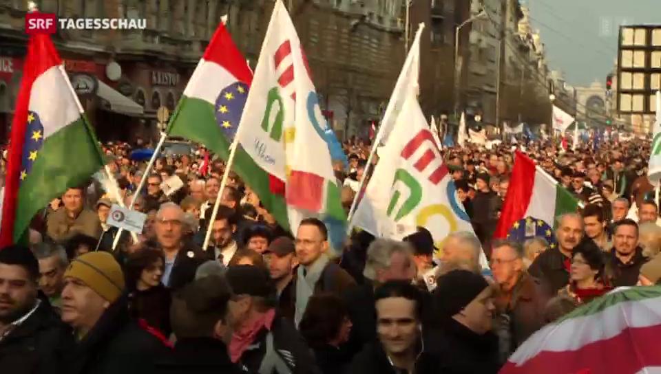 Anti-Orbán-Proteste am Nationalfeiertag