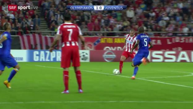 Video «Fussball: CL, Olympiakos - Juve, Siegtor Kasami» abspielen