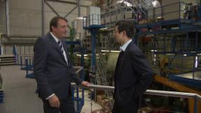 Video «Schwerpunkt China | Flugzeugküchen für die Swiss» abspielen