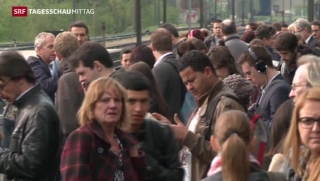 Video «Wartezeiten für Pendler nach Zugunfall» abspielen