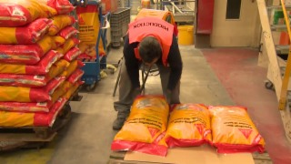Video «Sika: Kampf um den Mörtelmarkt» abspielen
