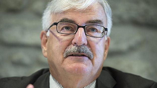 Der Aarauer Stadtpräsident Marcel Guignard zu den VBS-Plänen (26.11.2013)