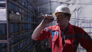 Video «Unten durch – Die Sedruner und der Gotthardtunnel » abspielen