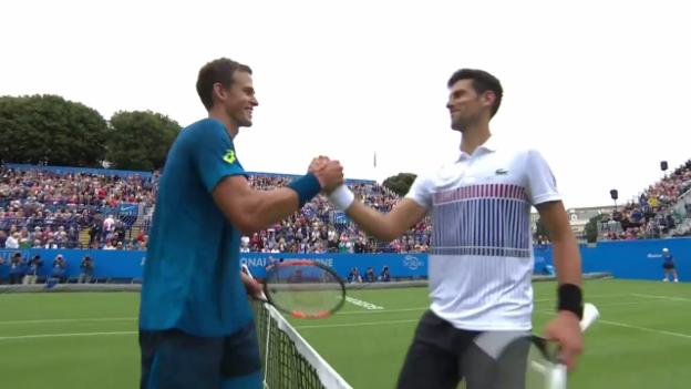 Video «Geglückter Raseneinstand für Djokovic» abspielen