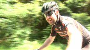 Video «Nik Hartmann: Qualen in Pedalen» abspielen