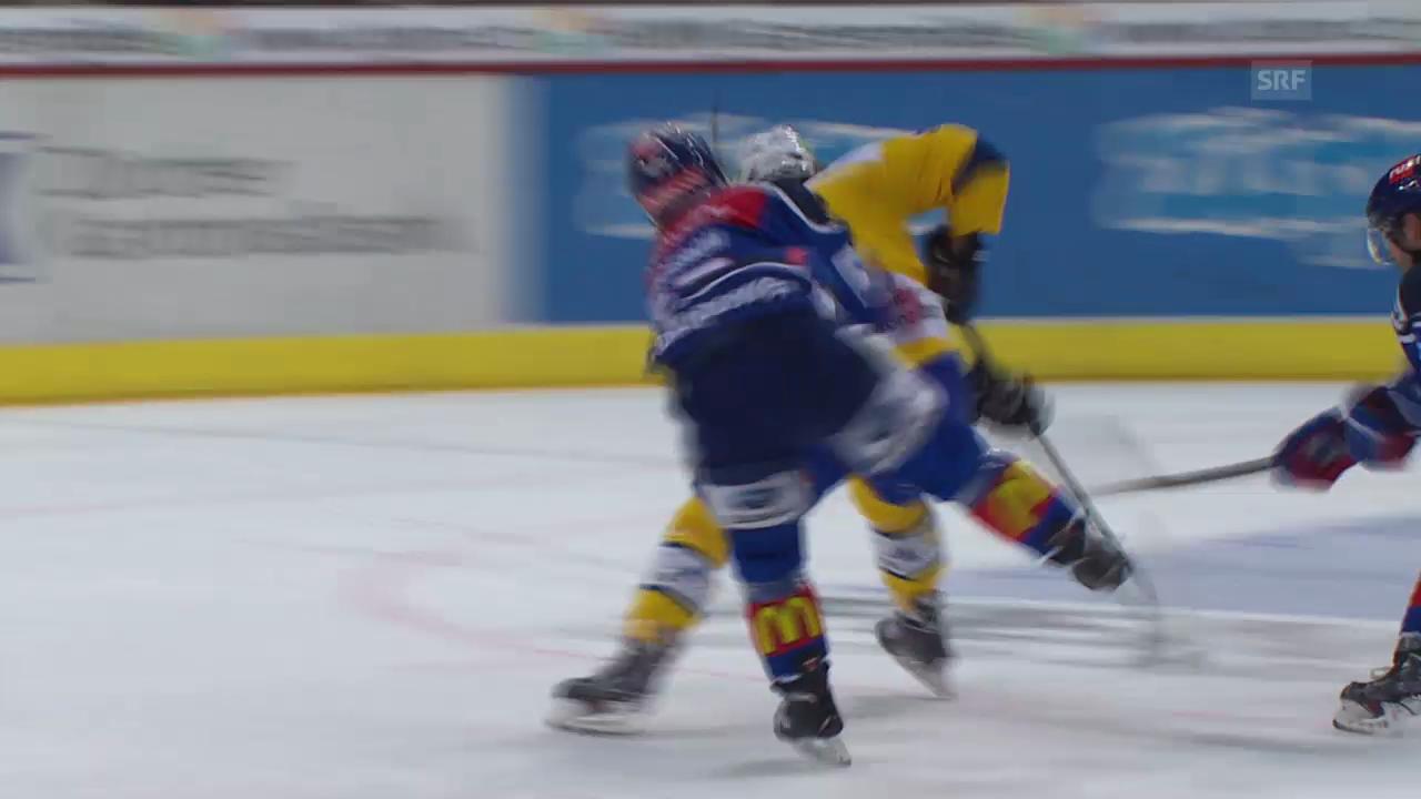 Eishockey: ZSC-HCD, Stockschlag Bergeron