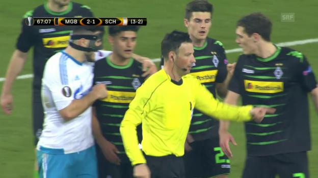 Video «Der umstrittene Penalty, der zum Ausgleich führte» abspielen