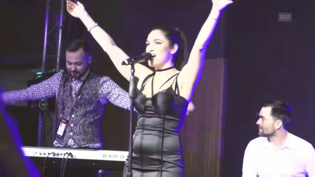 Video «Timebelle performen «Apollo» an der Wiwibloggs-Party» abspielen