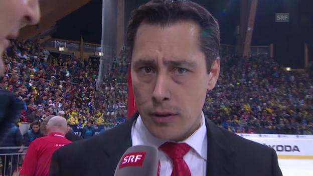 Video «Eishockey: Spengler Cup; Interview Guy Boucher» abspielen