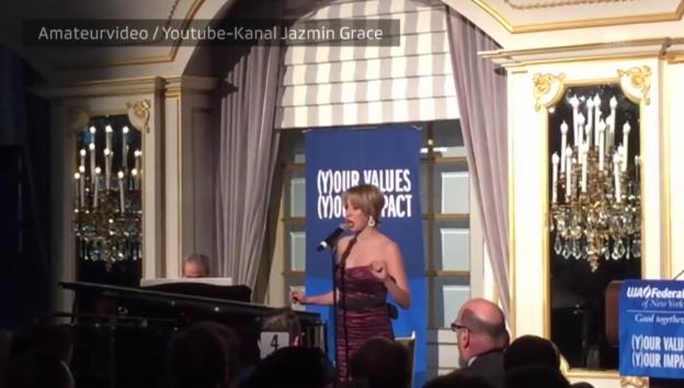 Video «Ein Auftritt der Musikstudentin Jazmin Grimaldi» abspielen