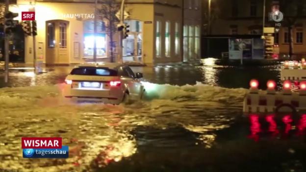 Video «Sturmflut an der Nordseeküste» abspielen