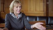 Video «Ursula Hallers Klavierlehrer roch nach Knoblauch» abspielen