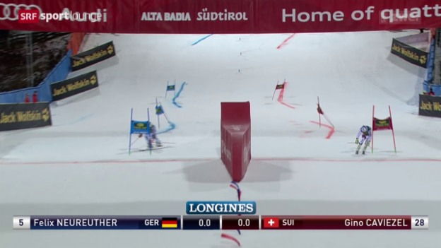 Video «Nachtspektakel – Parallel-Riesenslalom in Alta Badia» abspielen