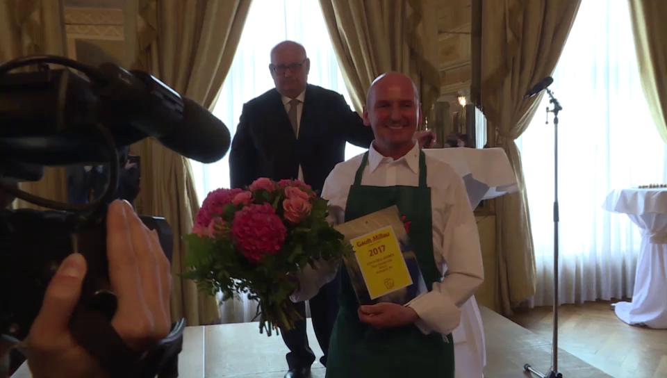 Panorama rico zandonella ist koch des jahres news srf for Koch des jahres