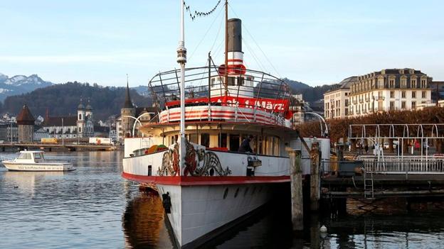 Dampfschiff Wilhelm Tell bleibt angekettet (Sage vom 13.3.13)