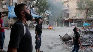 Video «Bombenhölle Aleppo» abspielen