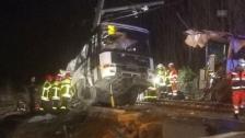 Link öffnet eine Lightbox. Video Bilder vom Unfall in Perpignan abspielen