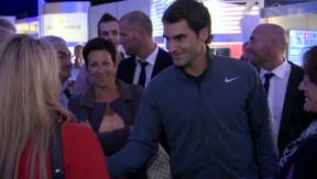 Video «Roger Federer – das Tennis-Ass im Tief» abspielen