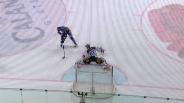 Video «Lindgren trifft zweimal per Penalty: Nummer 2» abspielen