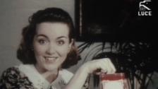 Video ««Carosello» - Italiens Werbewelt und Fellinis Verweigerung (Kulturplatz, 3.11.2004)» abspielen