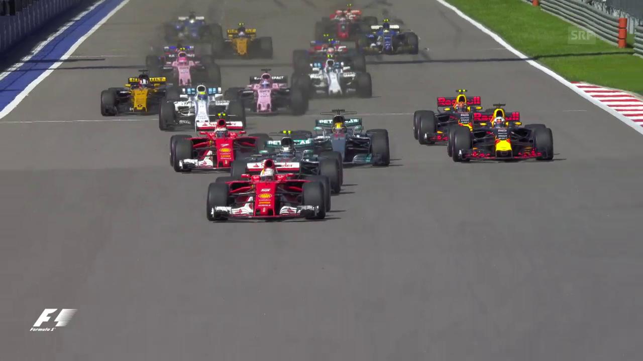 Bottas überholt die Ferraris beim Start