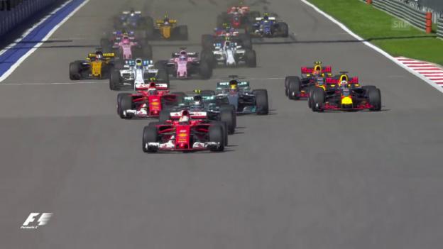 Video «Bottas überholt die Ferraris beim Start» abspielen