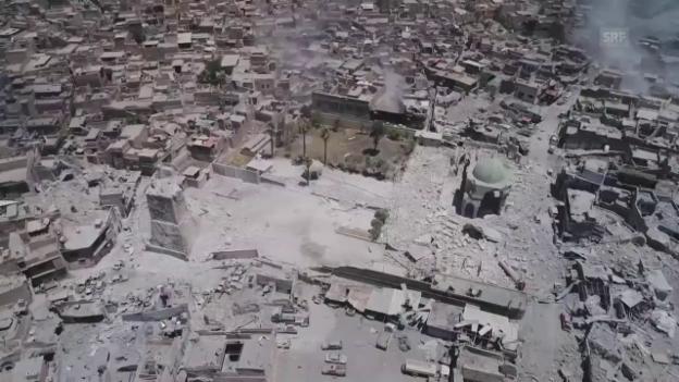 Video «Die symbolträchtige Moschee in Trümmern (ohne Ton)» abspielen