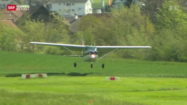 Video «Ausbau des Flugplatzes Beromünster stösst auf Widerstand» abspielen