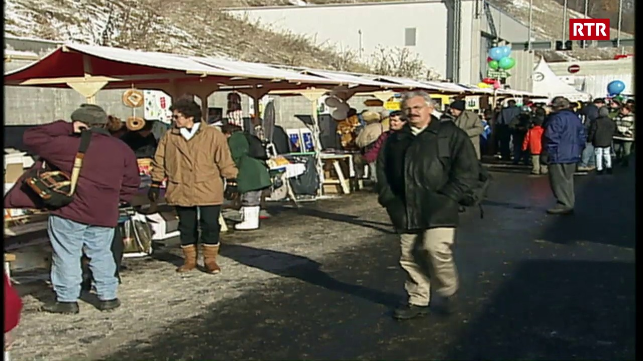 Festa populara per l'inauguraziun dal tunnel al Vereina