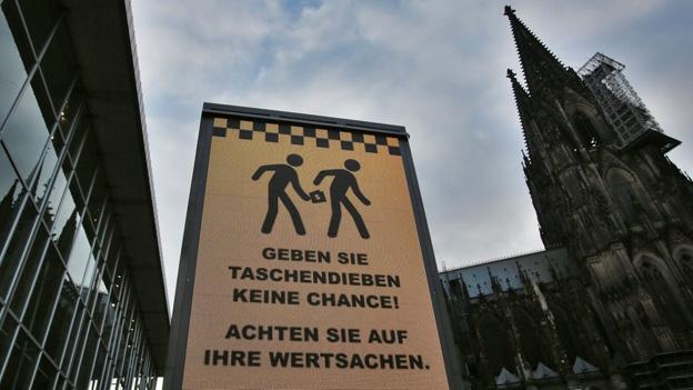 Nach Übergriffen in Köln: Shitstorm wegen einer Armlänge