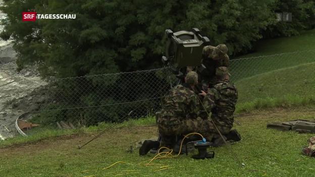 Video «Spezialisten der Armee am Piz Cengalo im Einsatz» abspielen