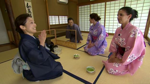 Video ««Jobtausch» in Japan und der Schweiz: Die Kellner» abspielen