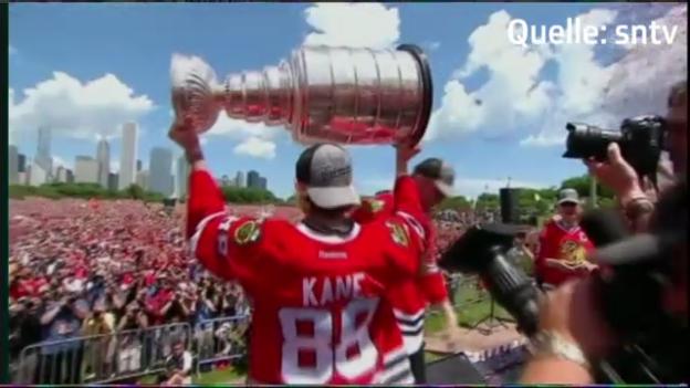Video «Eishockey: Meisterfeier der Blackhawks» abspielen