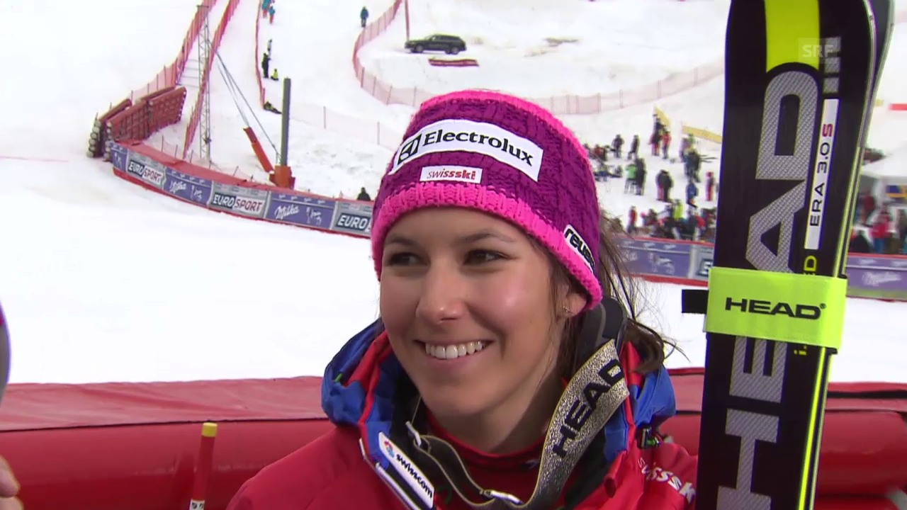 Ski: Slalom Frauen, Méribel, 1. Lauf Interview Wendy Holdener