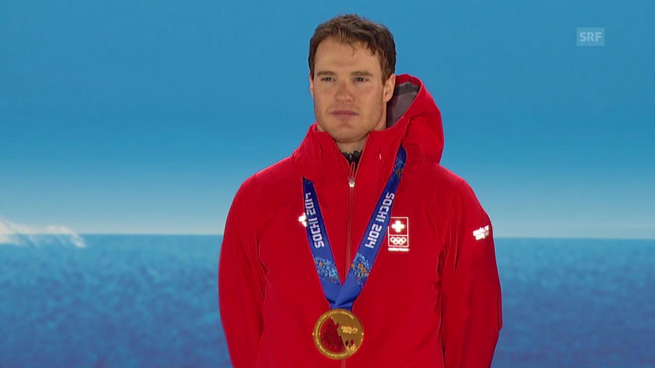 Langlauf: Siegerehrung Skiathlon, Cologna Gold (sotschi direkt, 9.2.2014)
