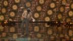 Video «Toni Bauhofer mischt Diabolo-Tricks mit Comedy» abspielen