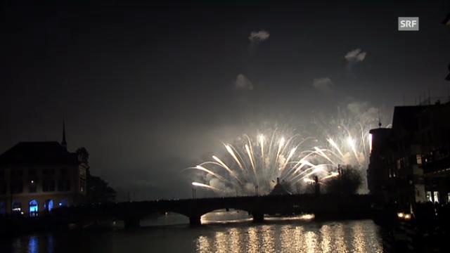 Feuerwerk über dem Zürcher Seebecken