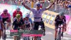 Video «Jungels gewinnt 15. Giro-Etappe im Sprint» abspielen