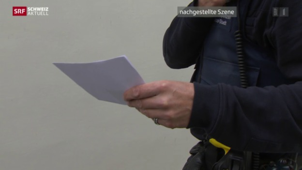 Video «Weniger Papierkram für Polizei» abspielen