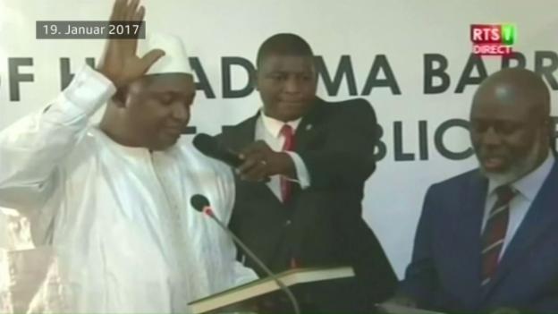 Video «Gambischer Ex-Minister ist als Asylsuchender in der Schweiz» abspielen